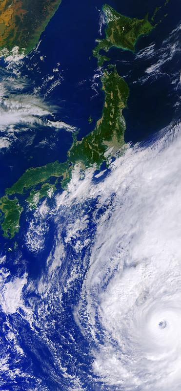 Tifone Hagibis che si avvicina al Giappone 10/10/2019 By European Space Agency
